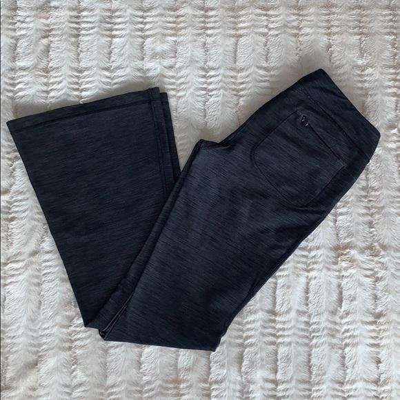 Lululemon Wanderful flare pants size 6